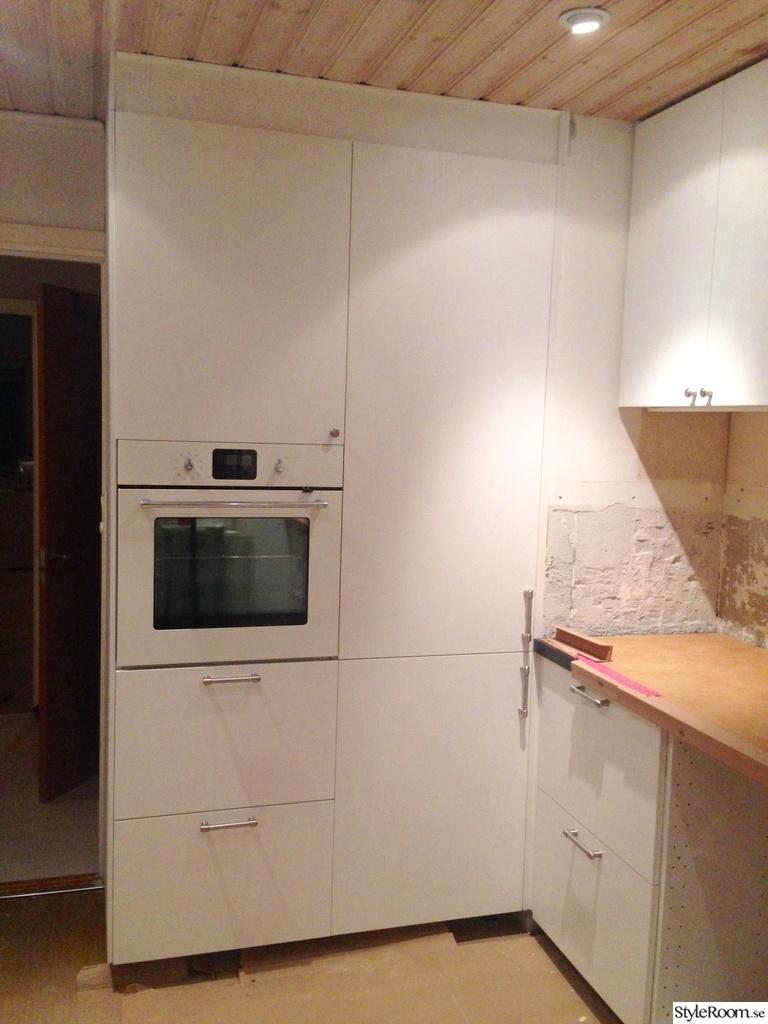 Bild på integrerad kyl och frys   vårt lantliga underbara kök ...