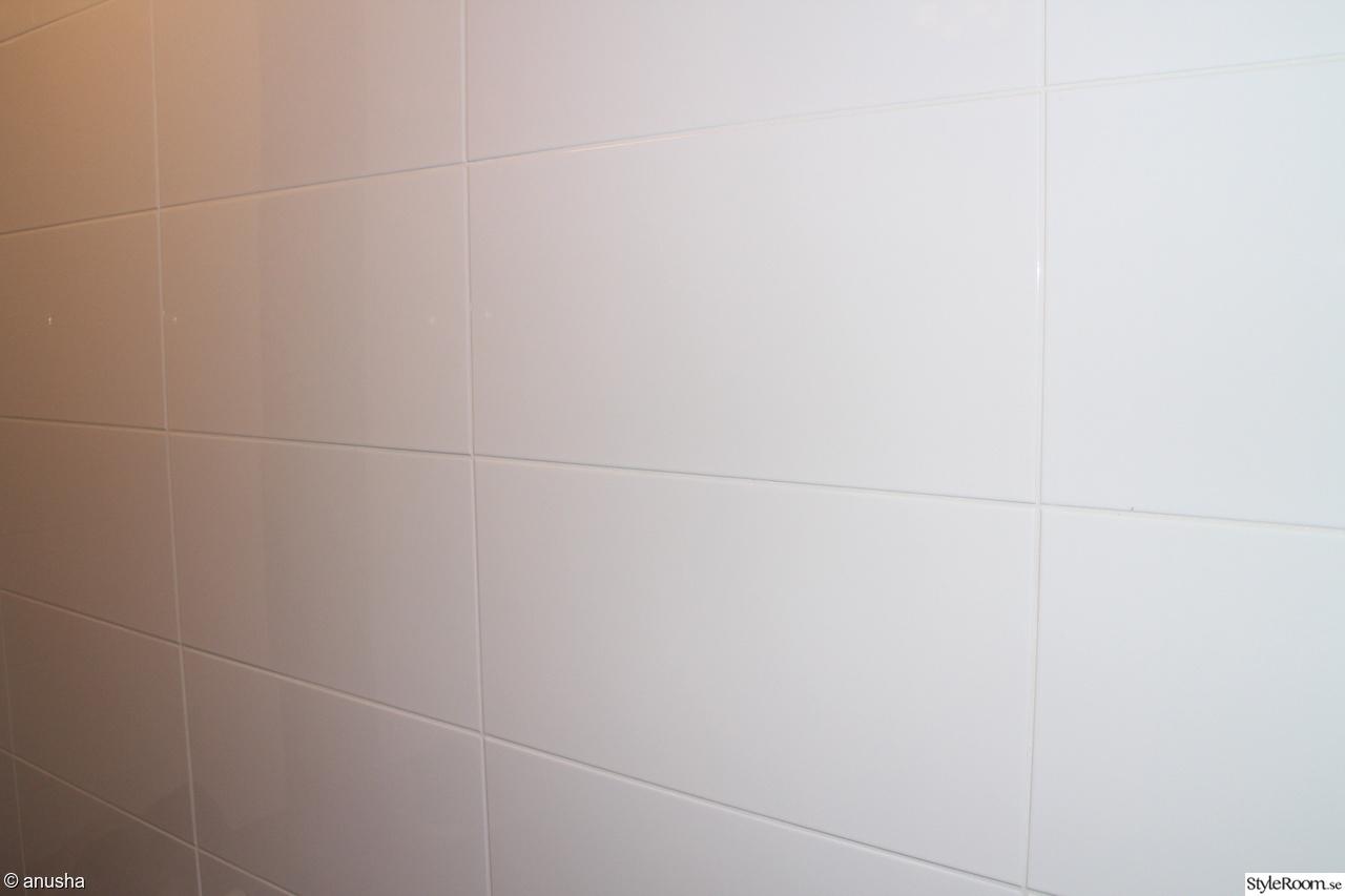 Bild på fogfärg   4 m2 kitchigt barbiekök av klaradetroit