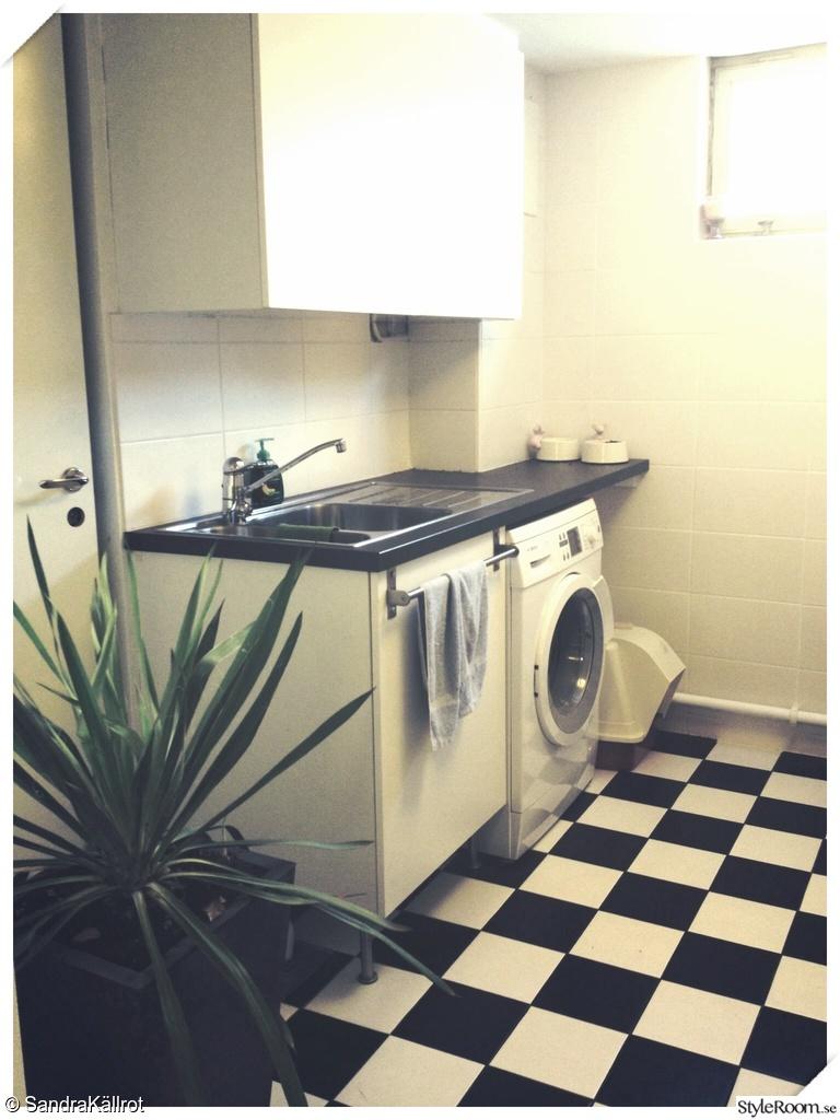 Bild på tvättbänk   tvättstuga och förråd   plan 1 av terracehouse