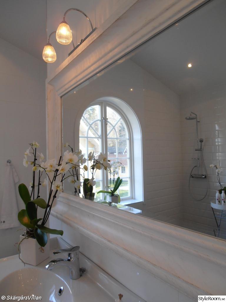 Bild på badrumsspegel   badrum 2012 2013 av dustfairy