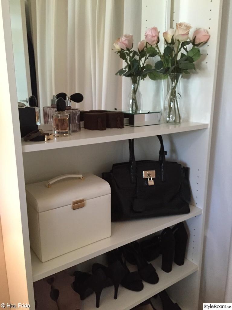 Bild på billy   vardagsrummet av johannaisak