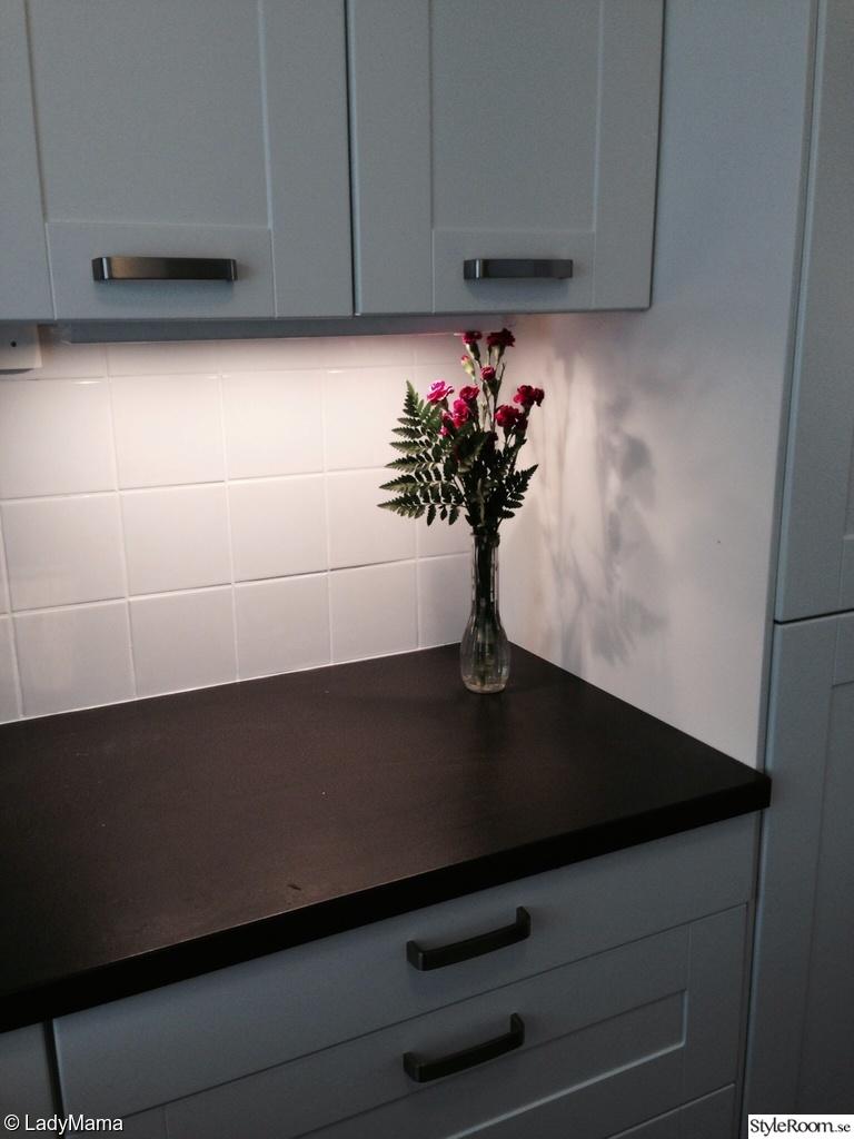 Kok Bankskiva Ikea :  ikea kok blommor vitt vit renovering efter efterbild bonkskiva ikea