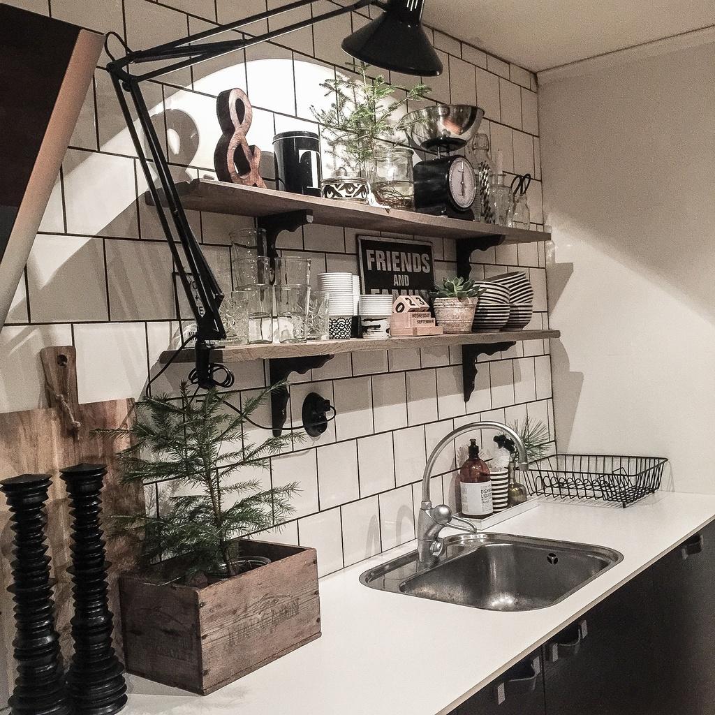 Kakel i kök och ommöblering   josefine.ss inredningsblogg