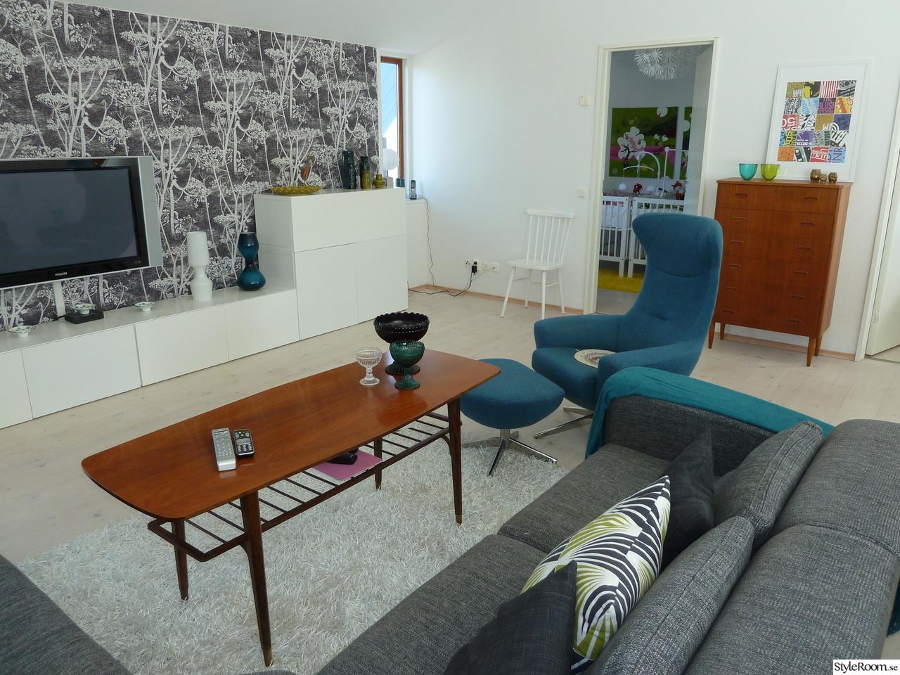 ... soffa,teakbord,cole & son,hundkex,tvbänk,ikea,50-tal,pinnstol,tv-rum