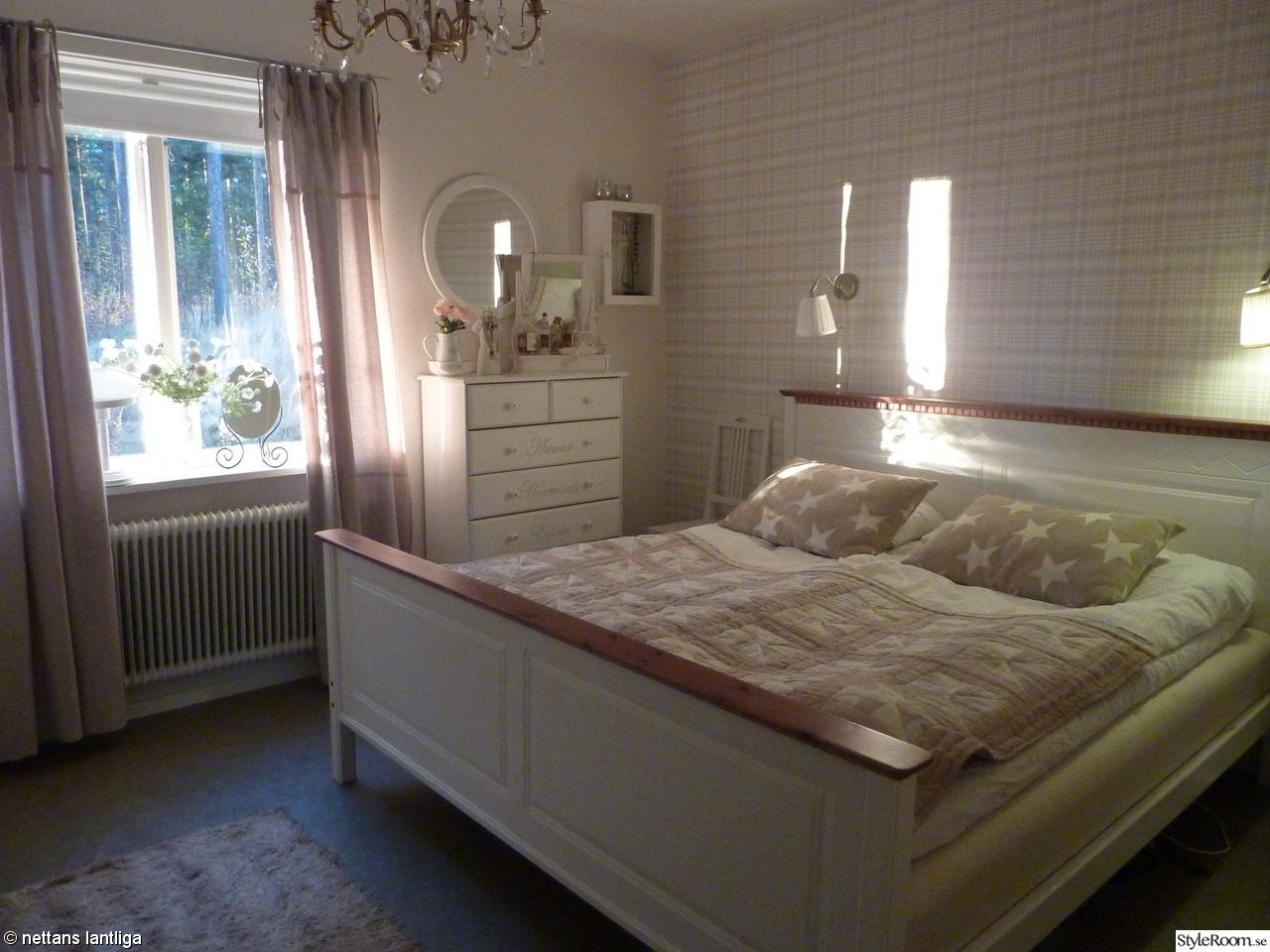 Lantligt sovrum   hemma hos anettesoderlund280