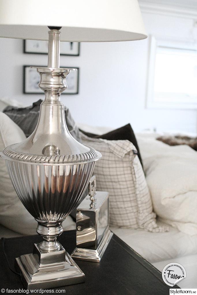 bordslampa,klocka,sovrum,new england