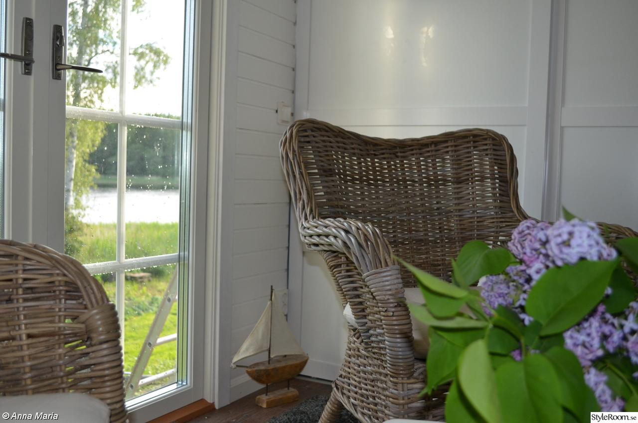Bild på friggebod   ute av holmqvist