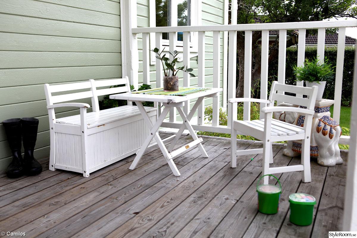 Barnmöbler,trädgårdsmöbler,barnsoffa,veranda,entre