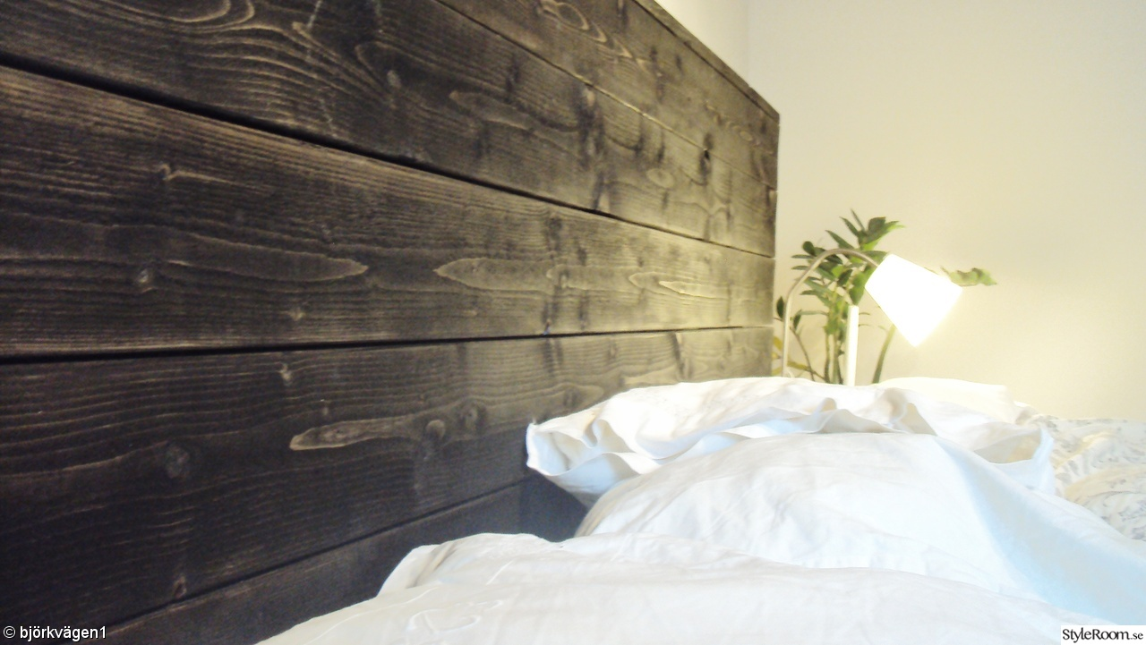 sänggavel,rustik,lasyr