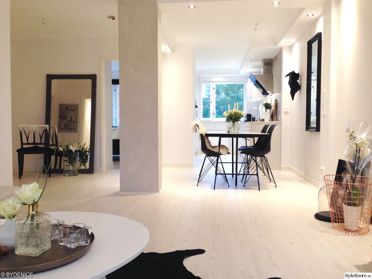 Bild på loppis   lägenheten i göteborg: vardagsrum/sovrum av ...