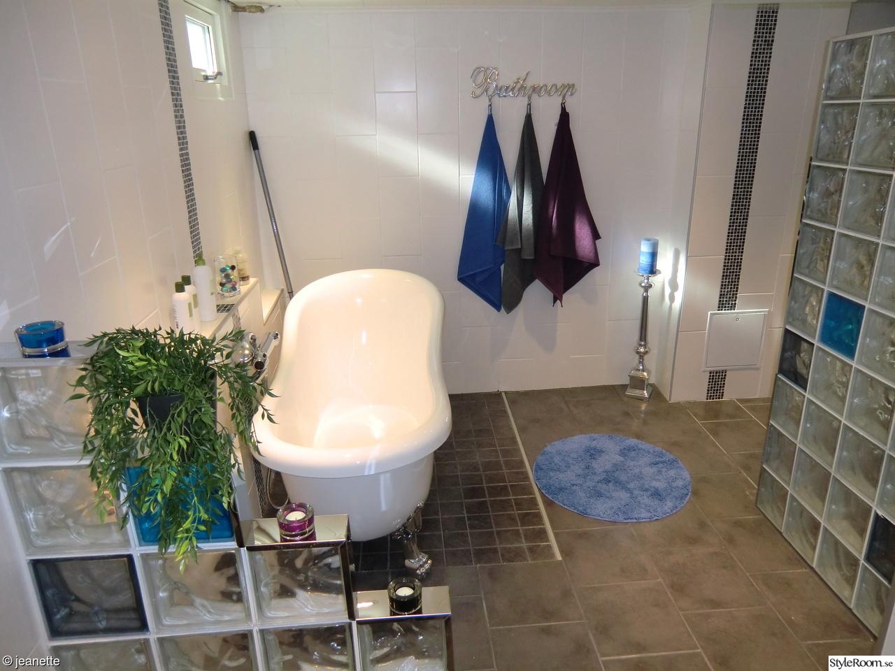 Bild på måla våtrumsmatta - BudgetrenoVering badrum av sannzen