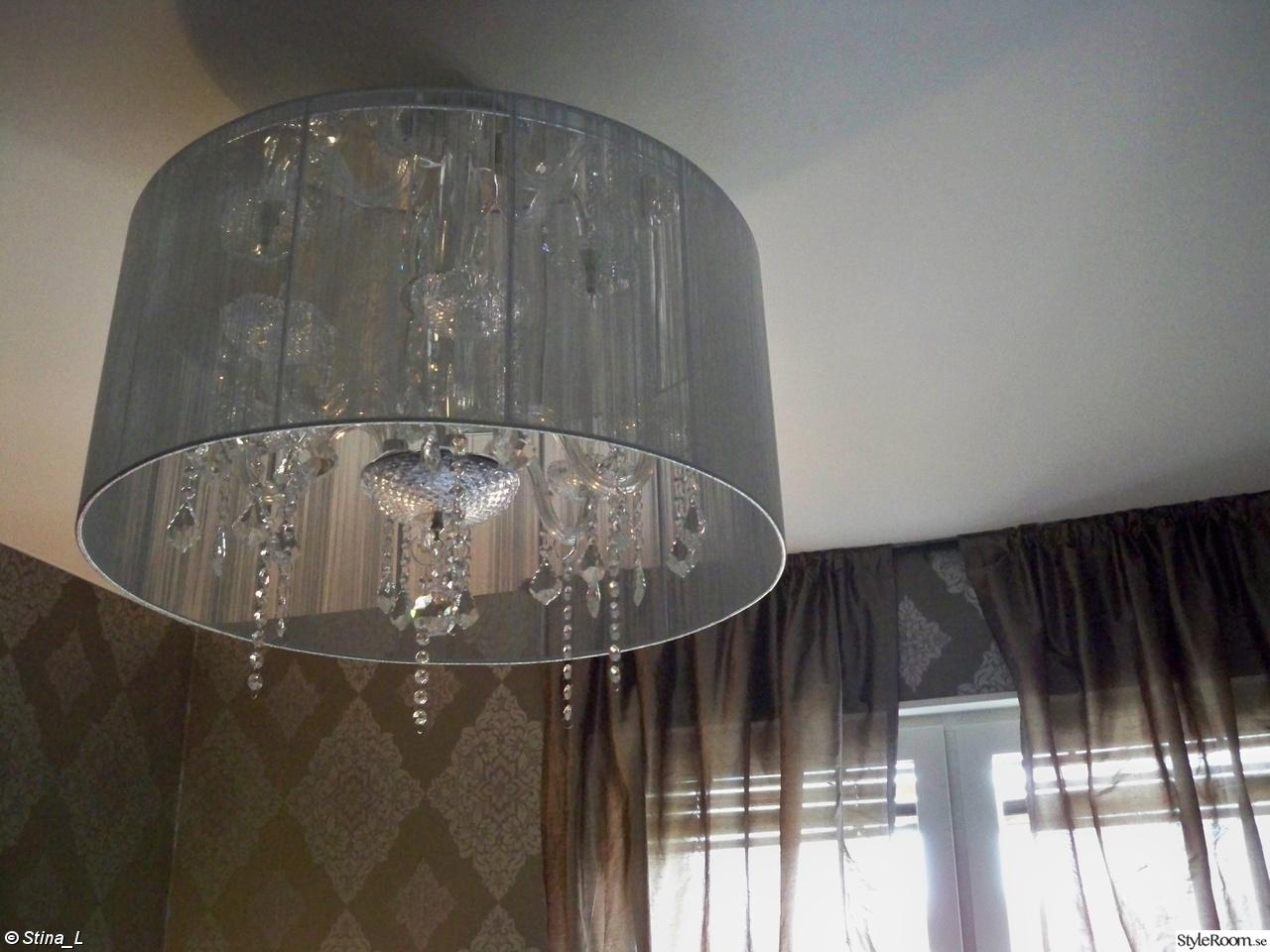 Bild på taklampa silver   vardagsrum av hedeberga