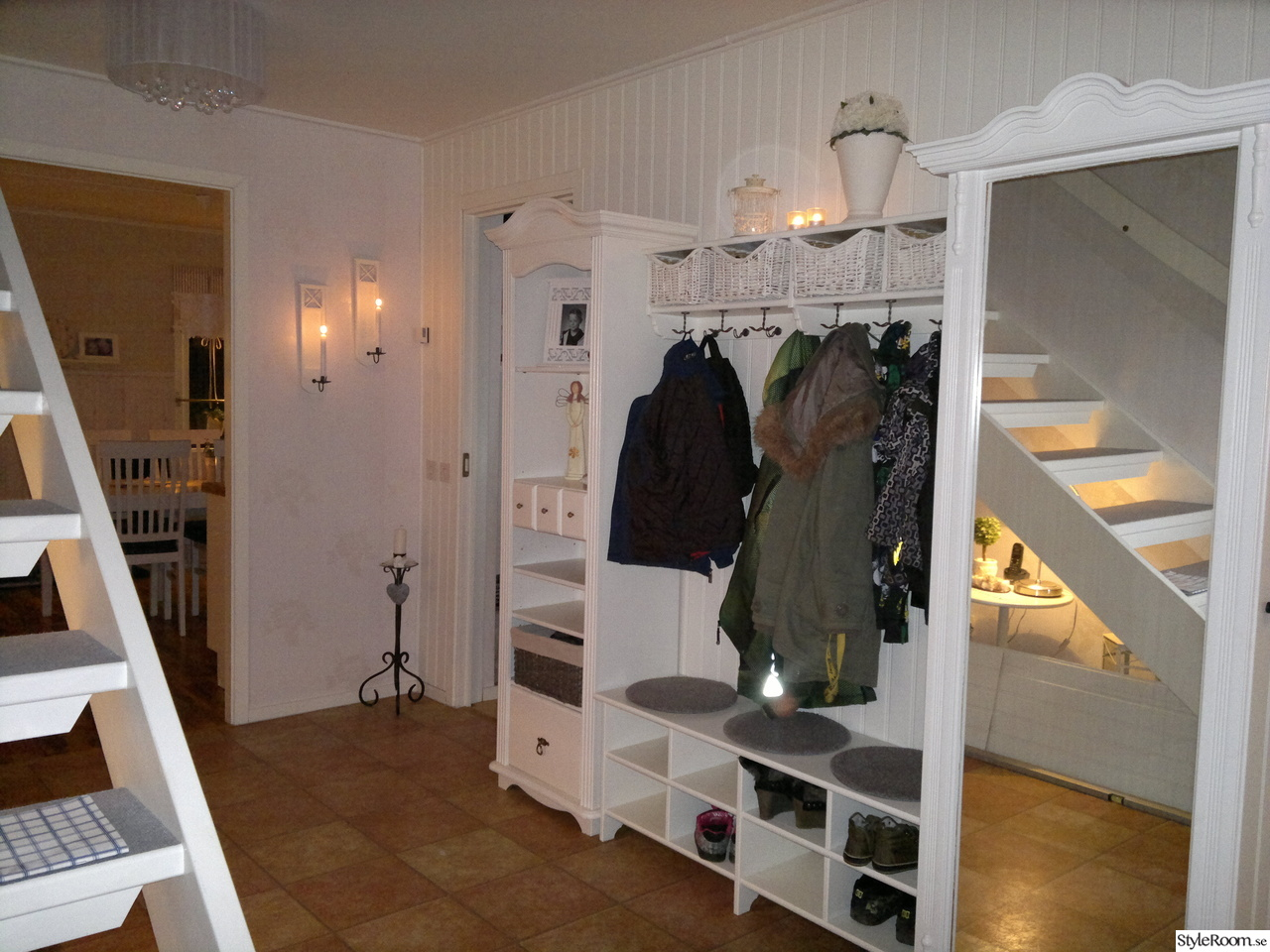 min r tt s nyrenoverade hall ett inredningsalbum p styleroom av lilla e. Black Bedroom Furniture Sets. Home Design Ideas