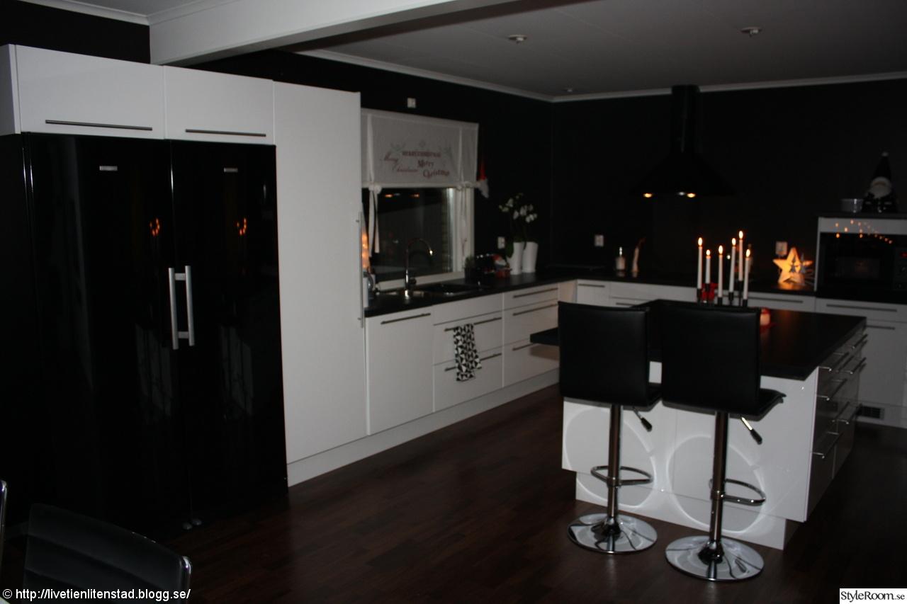 Kok Svarta Vitvaror : kok vitt hogblankt  Kokso Svarta Vitvaror Ikea Kok Pictures to