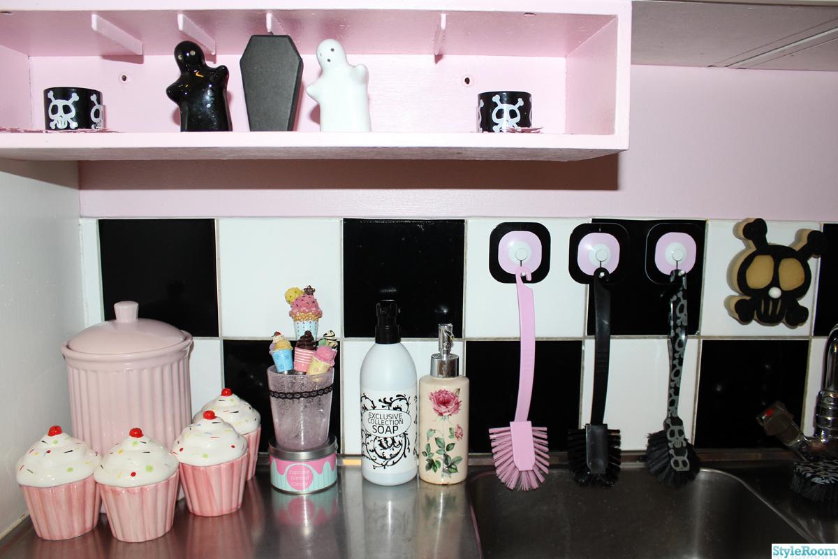 Kok Kakeldekor :   kakel,svartvitt kakel,kakel,kakeldekor,cupcake,cupcakes,modernt