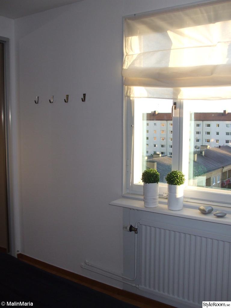 Bild på nymålat sovrum   renovering del 2 av sjoberg