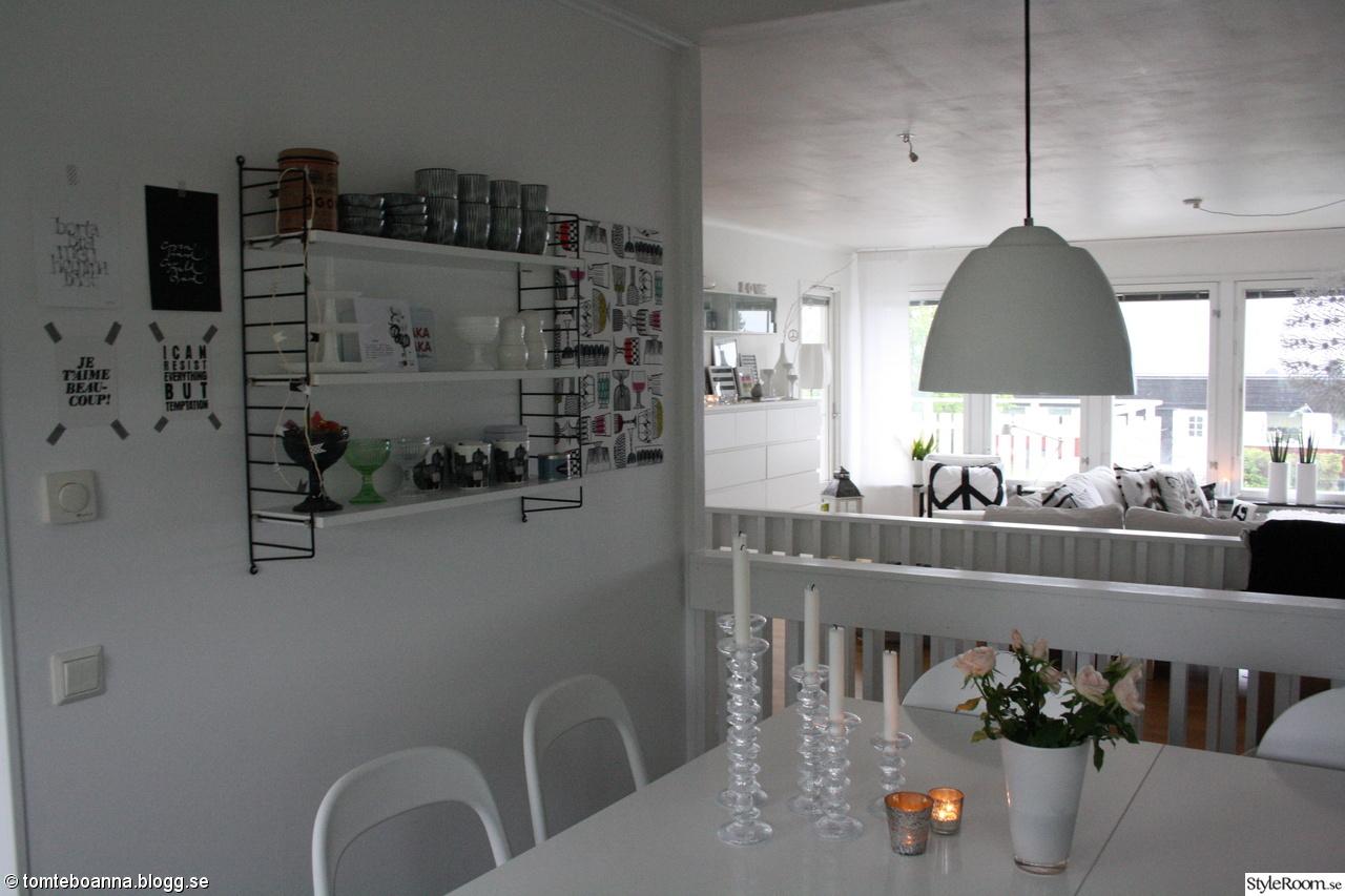 Rostfri Hylla Till Kok : stringhylla kok  Industri stringo Hylla i plot med fyra hyllplan i