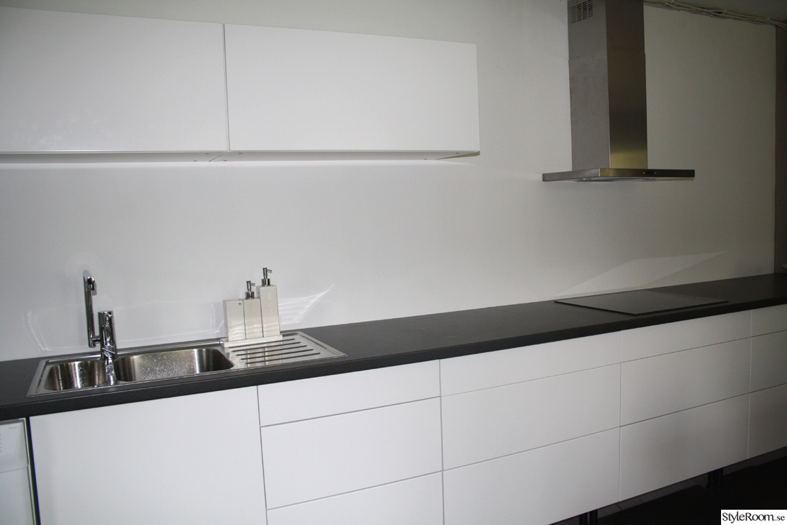 Ikea Kok Utan Handtag : vitt kok utan handtag  Vitt kok utan handtag Stil Ballingslov