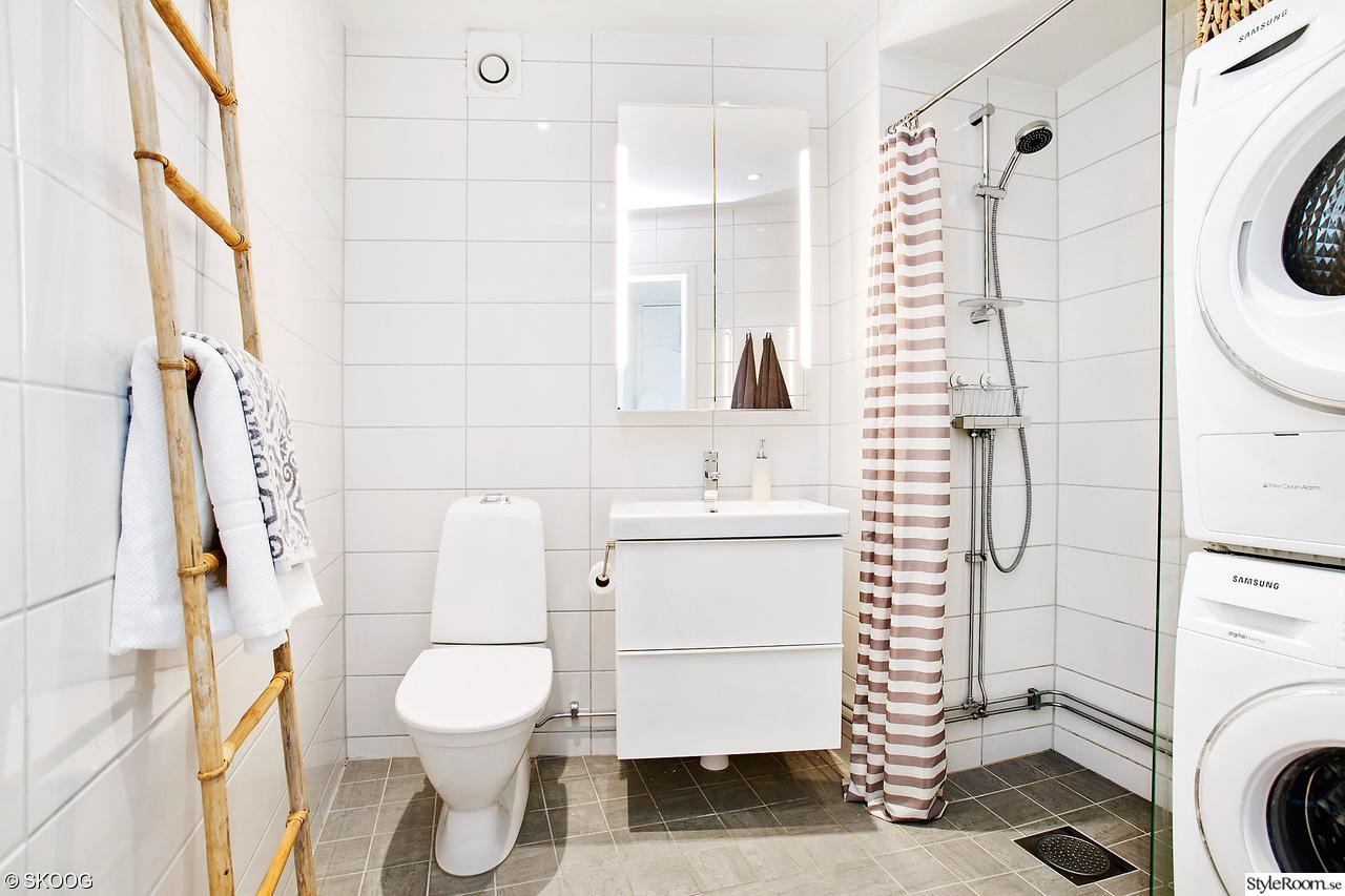 Infällda duschdörrar   vår gavelvåning   till salu