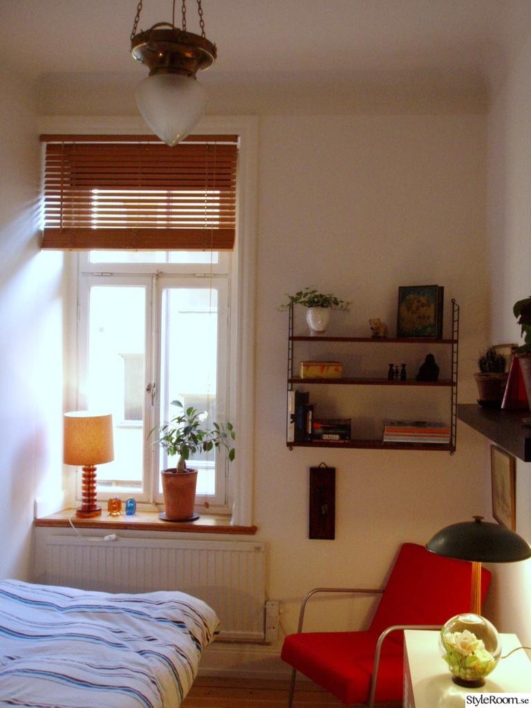 Bild på retro gardin   sovrum   plan 3 av terracehouse