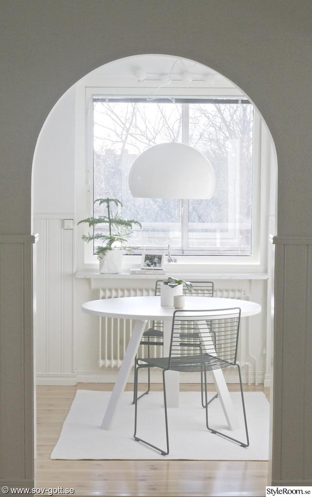 Ett Litet Kok Stockholm : litet kok runt bord  KoKET Ett inredningsalbum po StyleRoom av