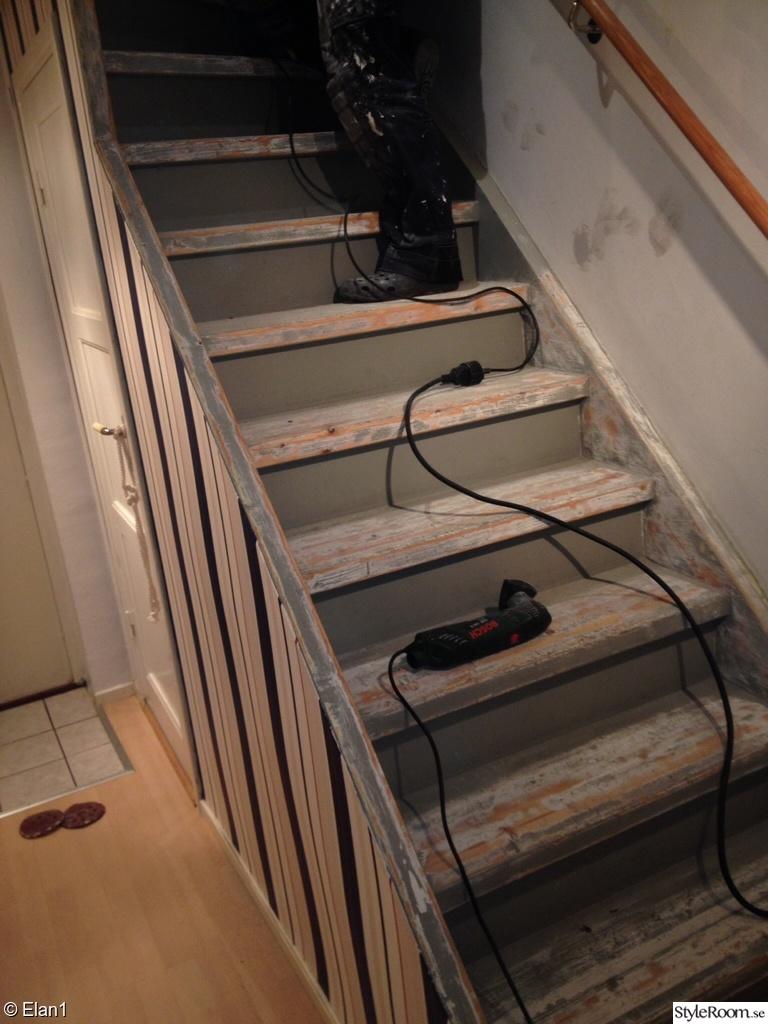 trappa,tapet,slipning,slipning av trappa,hall