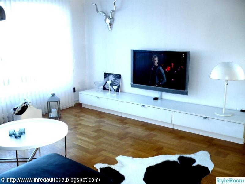 bokhylla vägg mio ~ vardagsrum  hemma hos xxjessikaxx