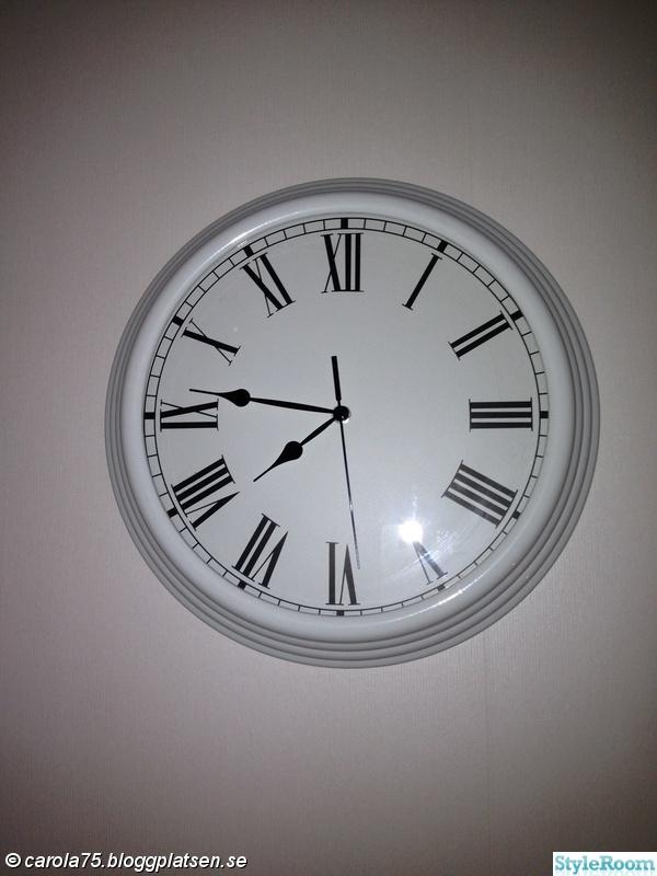 klocka,vit