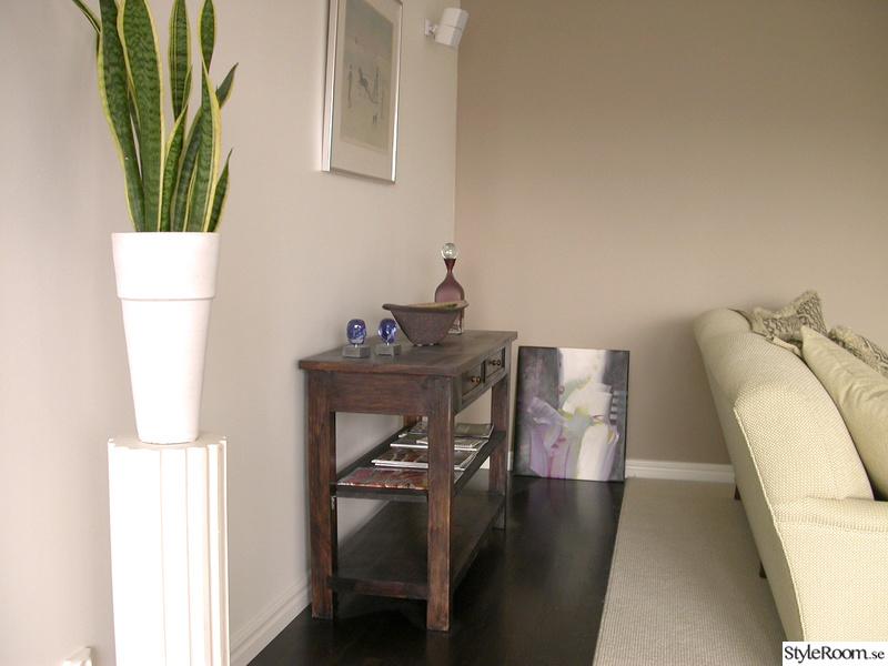 skål,sideboard,blommor,vardagsrum