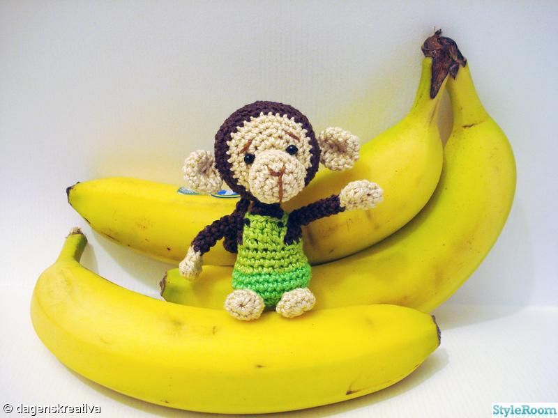 grön,virkat,apa,banan,dagenskreativa