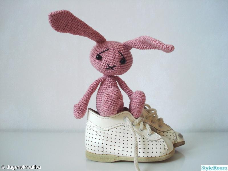 rosa,kanin,skor