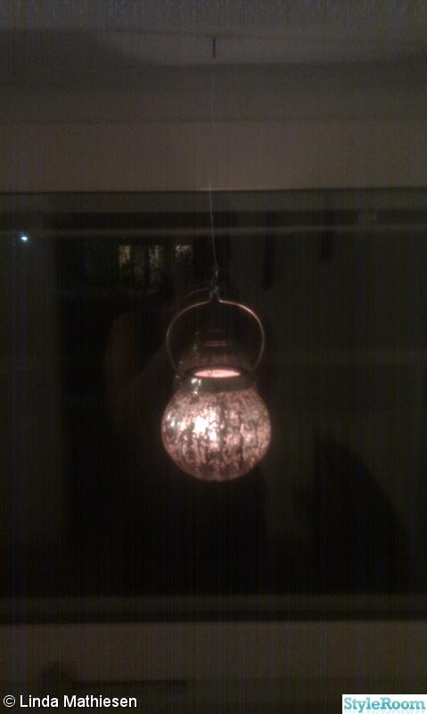 fönster,ljuslyktor