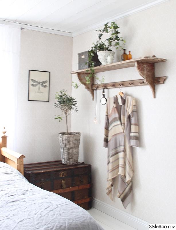 Bild på klädhängare Sovrum, Lantligt på Svanängen av annastenberg