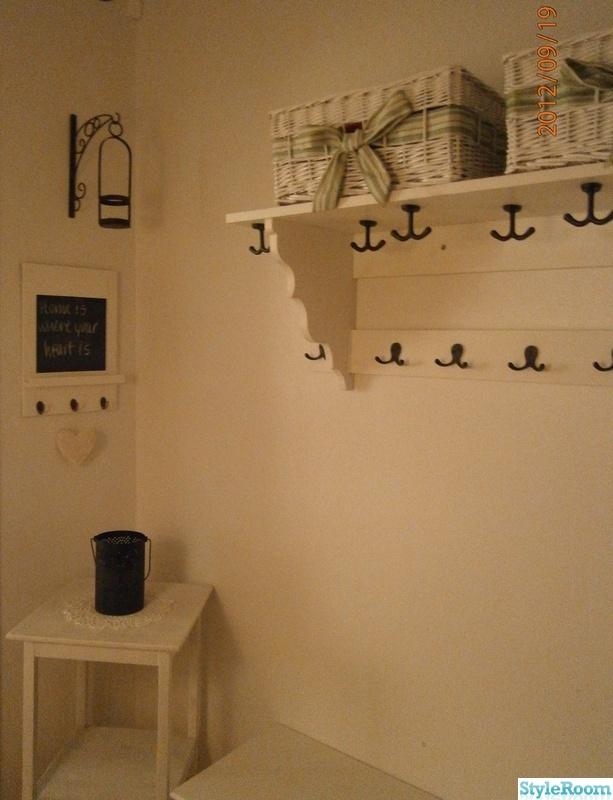 Bild på hatthylla Mitt vita hem av misty2