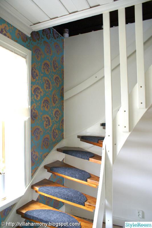 fondvägg,trappa,tapet
