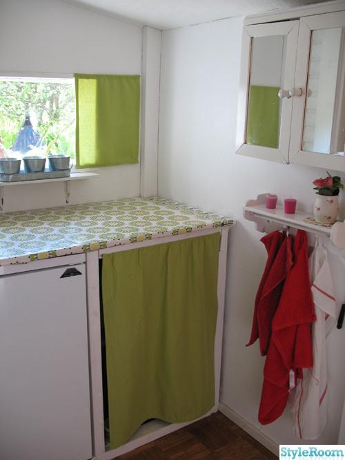 grönt,retro,stuga,väggskåp
