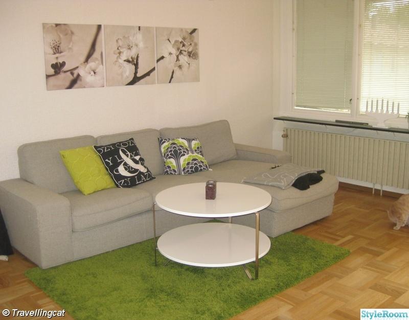 soffa,soffbord,tavlor,kuddar