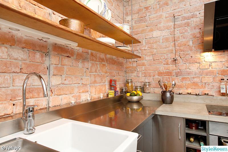 Kok Tegelvagg : kok med tegelvogg  kok,tegelvogg,rostfritt,cement,kopparhylla