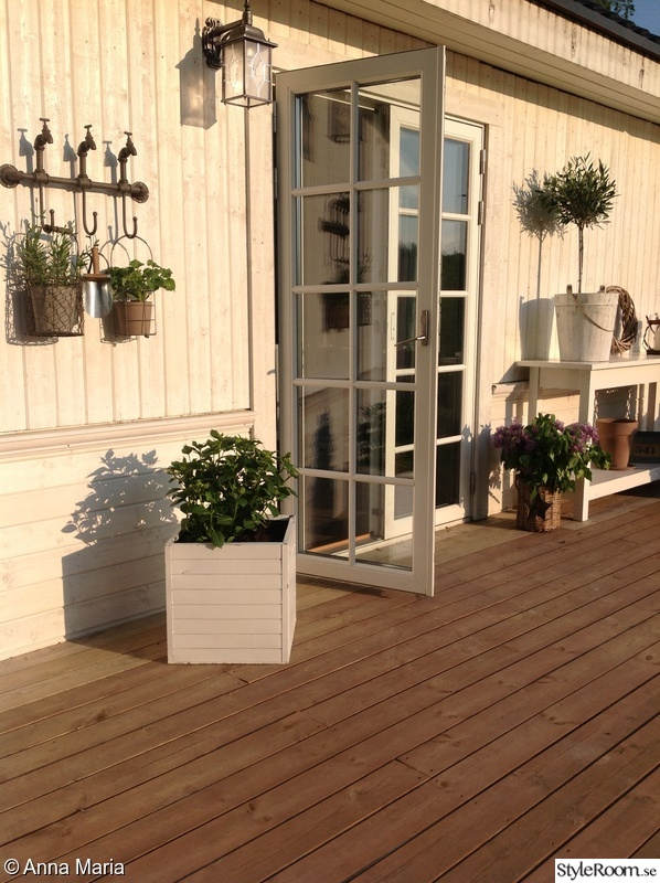 Bild på altandörr   trädgården tar fart med nya möbler, nya ...