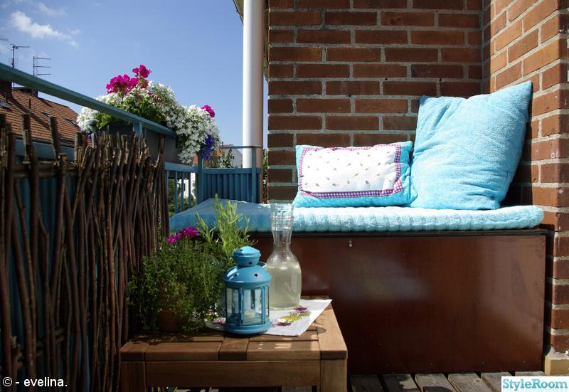 balkong,sittmöbel,förvaring,blommor,kryddor