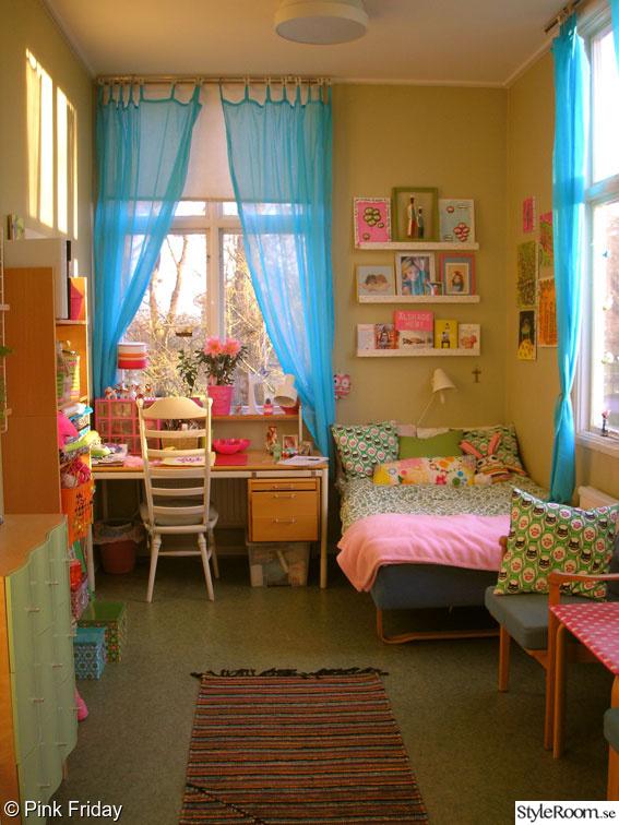 rosa,fönster,turkost,tavlor,sovrum
