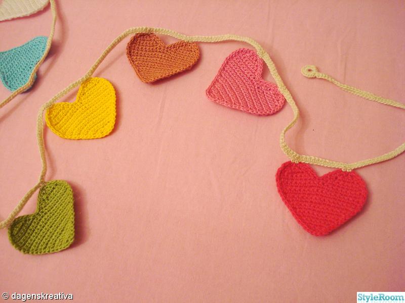 barnrum,färgglatt,virkat,hjärtan,virka
