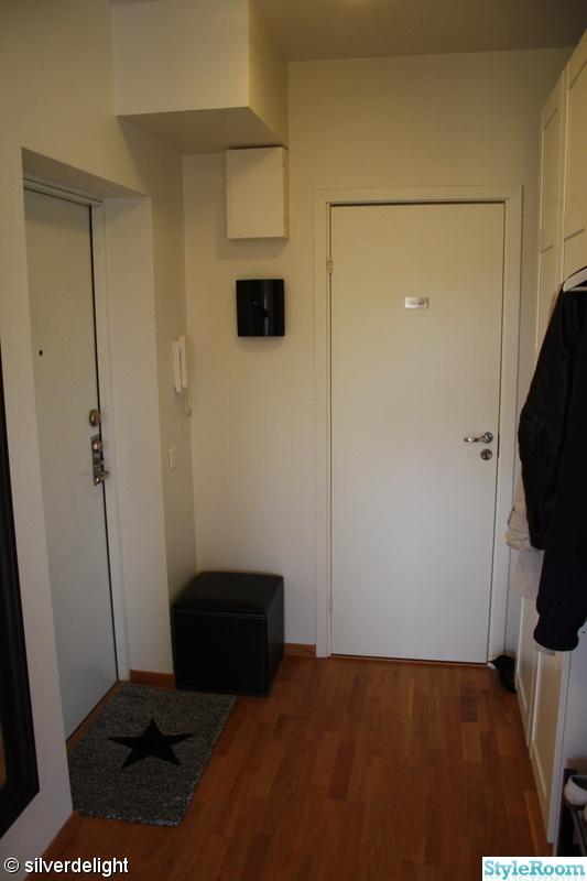 sittpuff,nyckelskåp,hallmatta