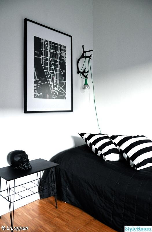 svartvitt,renhorn,sänglampa,new york tavla,stringbord