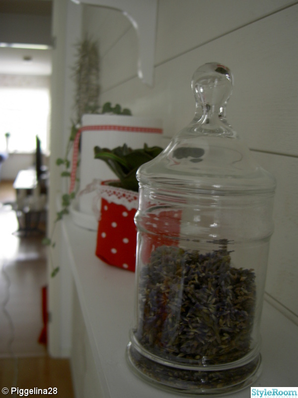 hylla,lavendel,kök