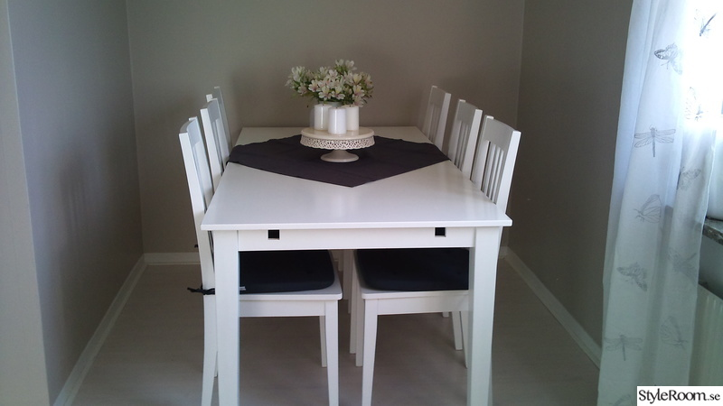 stol,köksbord,duk,ljus,stolsdynor