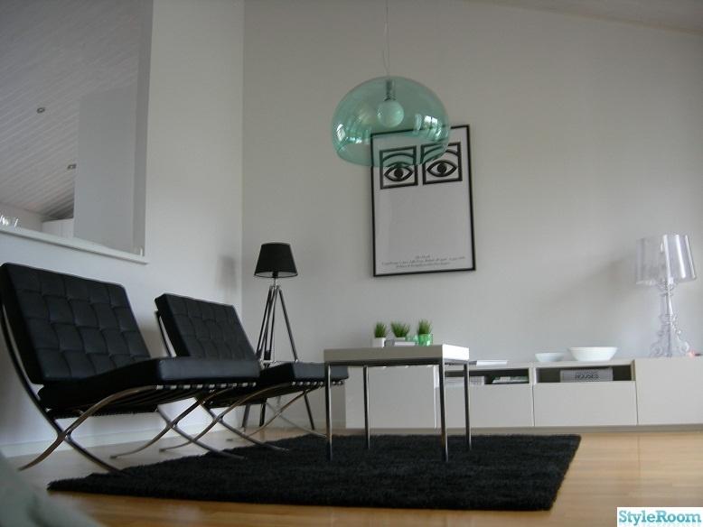 Villa i modern vit och svart stil   Hemma hos PeppesBodega -> Lampadari Per Cucina Kartell