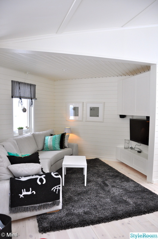 vardagsrum,soffa,mediamöbel,panel