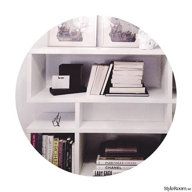 böcker,naturtrend,pocketböcker,färgkaskad,bokhylla
