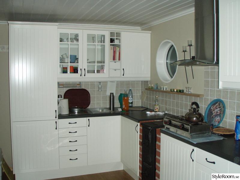 Bild på ikea kök - Sommarstugan av Malena